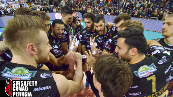 A SUPER PERUGIA IN THE PALAEVANGELISTI! 3-0 AGAINST VERONA AND THE PLAYOFFS START ON SATURDAY!