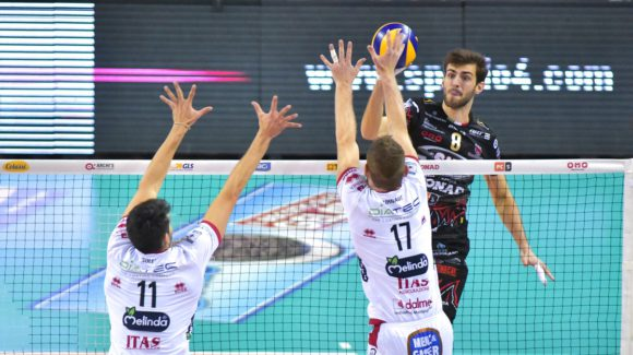 PERUGIA VS. TRENTO: SIR'S BREAK POINTS AGAINST DIATEC'S SIDE OUTS!